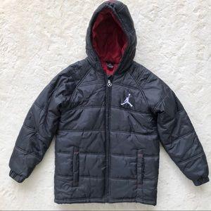 Nike air Jordan black red winter puffer coat 12/13